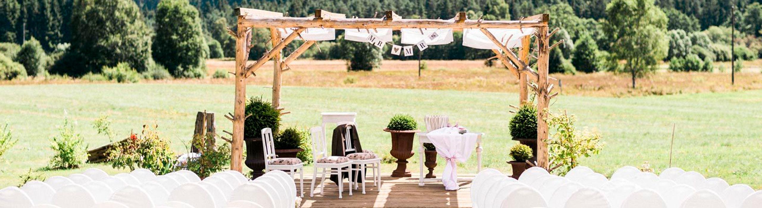 Freie Rednerin für Hochzeiten und Zeremonien